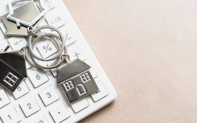 Figuring Mortgage Rates for 2020 with Calculator and Home Keychain