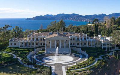 Mansion On The Lake
